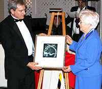 Sal Ritacca Presenting Governors' Award to Helma Trass – March 2007 (2)